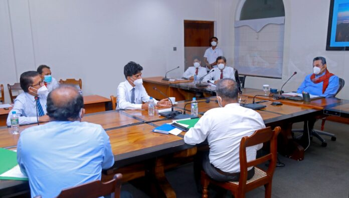 Reopening schools in several stages as soon as the Covid epidemic under control. PM instructs education authorities to seek the assistance of doctors in re-opening of schools